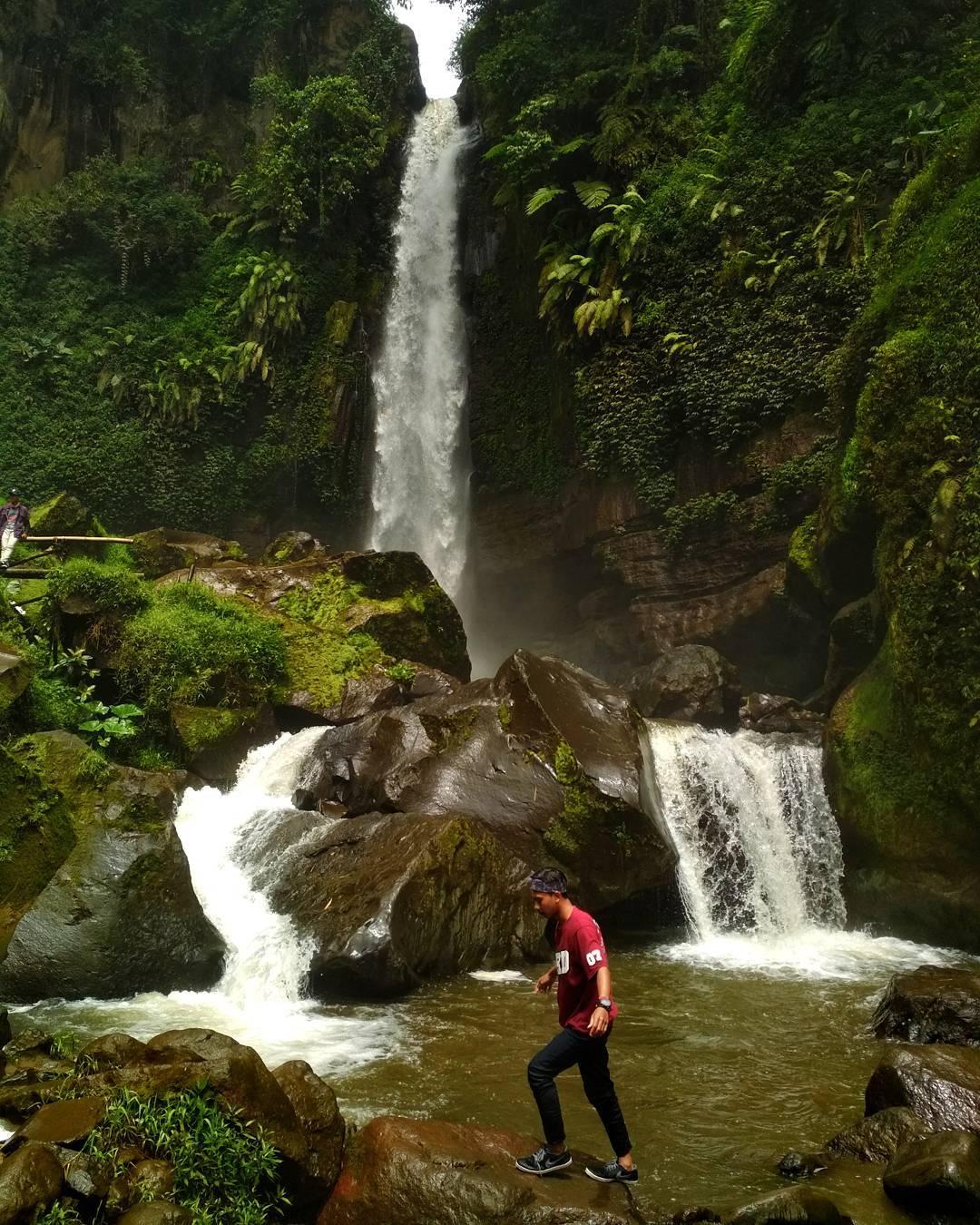 Air Terjun Mendekatkan Dolaners dengan Alam, Malang, Malang Raya, Dolan Dolen, Dolaners Air Terjun yang Mendekatkan Dolaners dengan Alam via n - Dolan Dolen