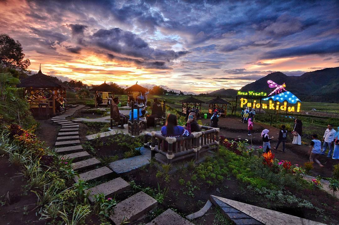 Cafe Sawah, Cafe Sawah Kabupaten Malang, Malang, Dolan Dolen, Dolaners Cafe Sawah via iyandjajadi - Dolan Dolen