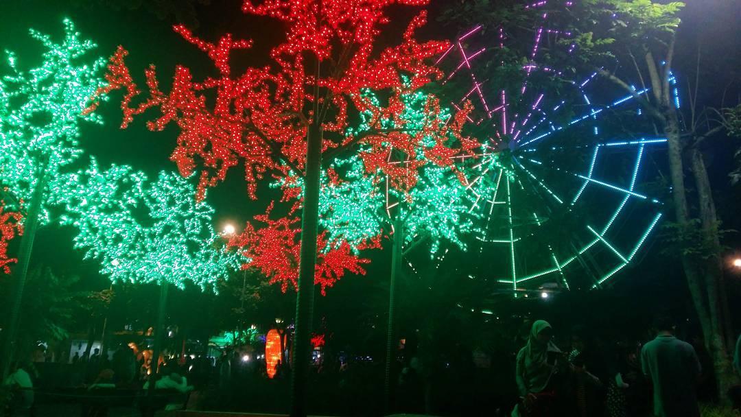 Lampu Taman, Lampu Taman Malang Raya, Malang Raya, Dolan Dolen, Dolaners Lampu Taman via lissapratiwi - Dolan Dolen