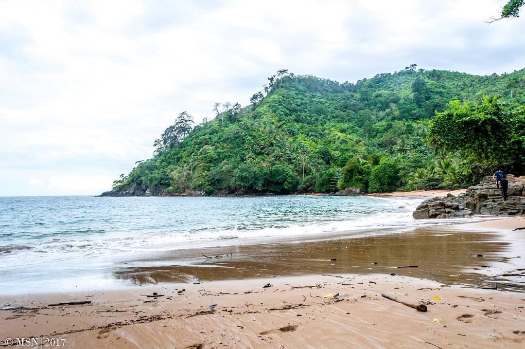 Pantai Bolu Bolu, Malang, Kabupaten Malang, Dolan Dolen, Dolaners Pantai Bolu Bolu via salman nabil - Dolan Dolen