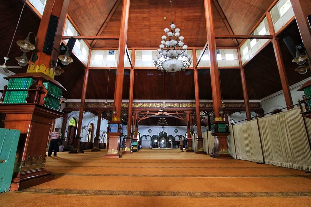 Masjid Jami Malang, Malang, Kota Malang, Dolan Dolen, Dolaners Masjid Jami Malang via rudyabuizzuddin - Dolan Dolen