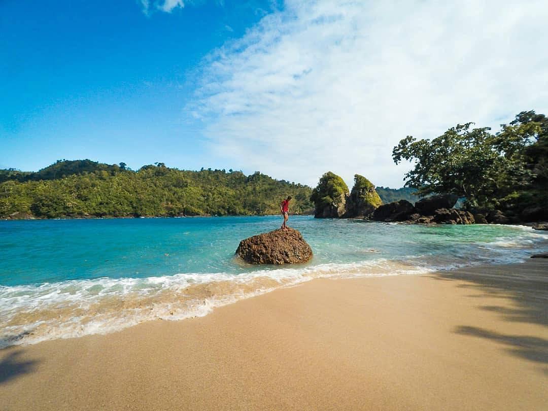 Pantai Instagenik yang Memiliki Segalanya, Malang, Kabupaten Malang, Dolan Dolen, Dolaners Pantai Instagenik yang Memiliki Segalanya by sajad - Dolan Dolen