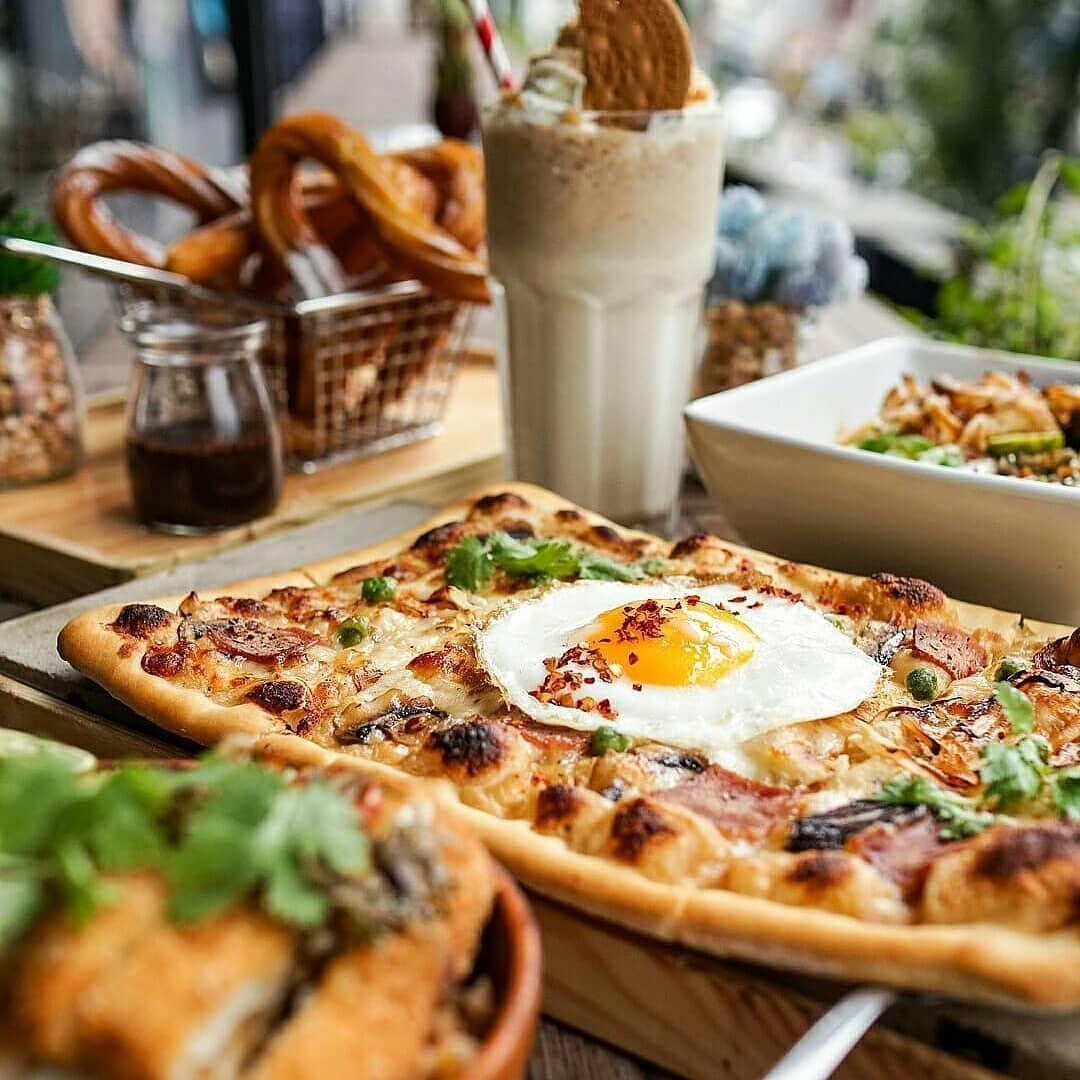 Cafe eLBie Luigi Boom, Cafe eLBie Luigi Boom Malang, Malang, Kota Malang, Dolan Dolen, Dolaners Cafe eLBie Luigi Boom by cafe - Dolan Dolen