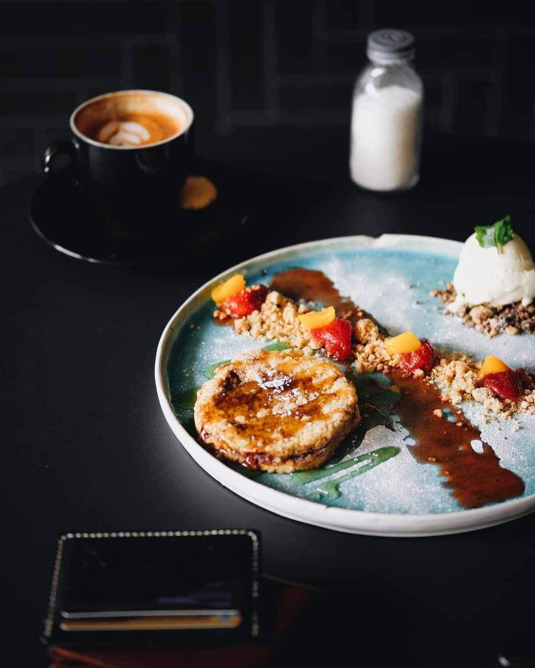 Labore Coffee Eatery, Labore Coffee Eatery Malang, Malang, Kota Malang, Dolan Dolen, Dolaners Labore Coffee Eatery via laborecoffeeeatery - Dolan Dolen