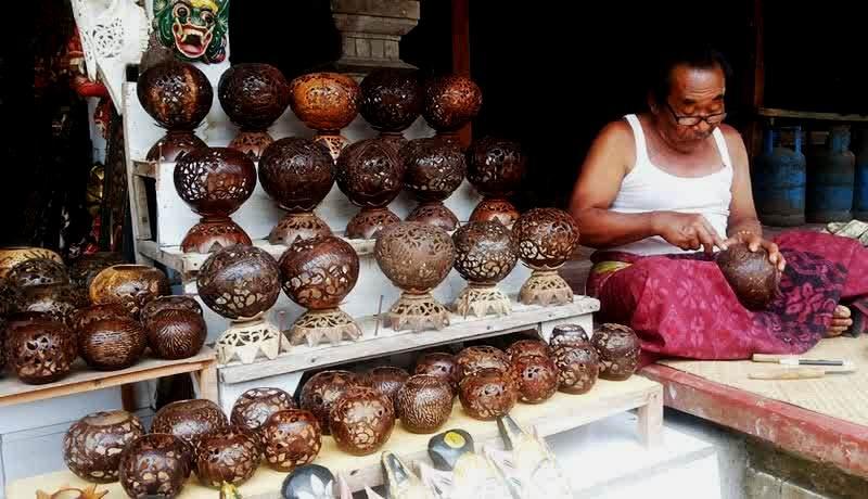 Kerajinan Tangan Kuta Kerajinan Batok Kelapa Bali - Dolan Dolen