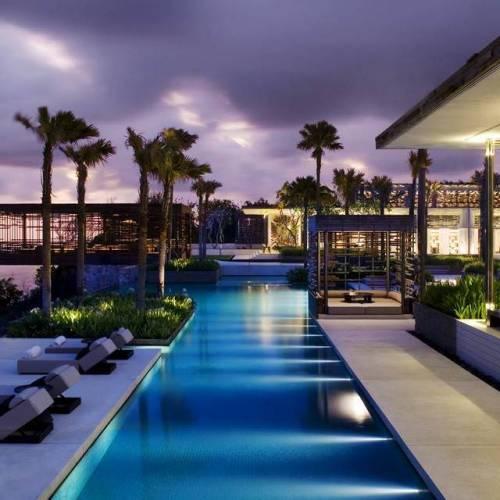 5 Hotel Terbaik di Bali Dengan Infinity Pool Super Keren 5 Hotel Terbaik di Bali Dengan Infinity Pool Super Keren 500x500xct - Dolan Dolen