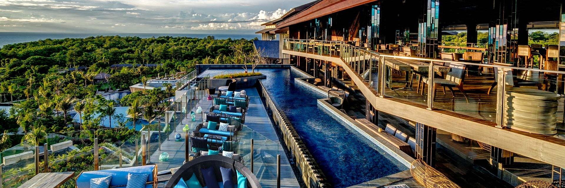 5 Rooftop Bar Terbaik di Bali 5 Rooftop Bar Terbaik di Bali - Dolan Dolen