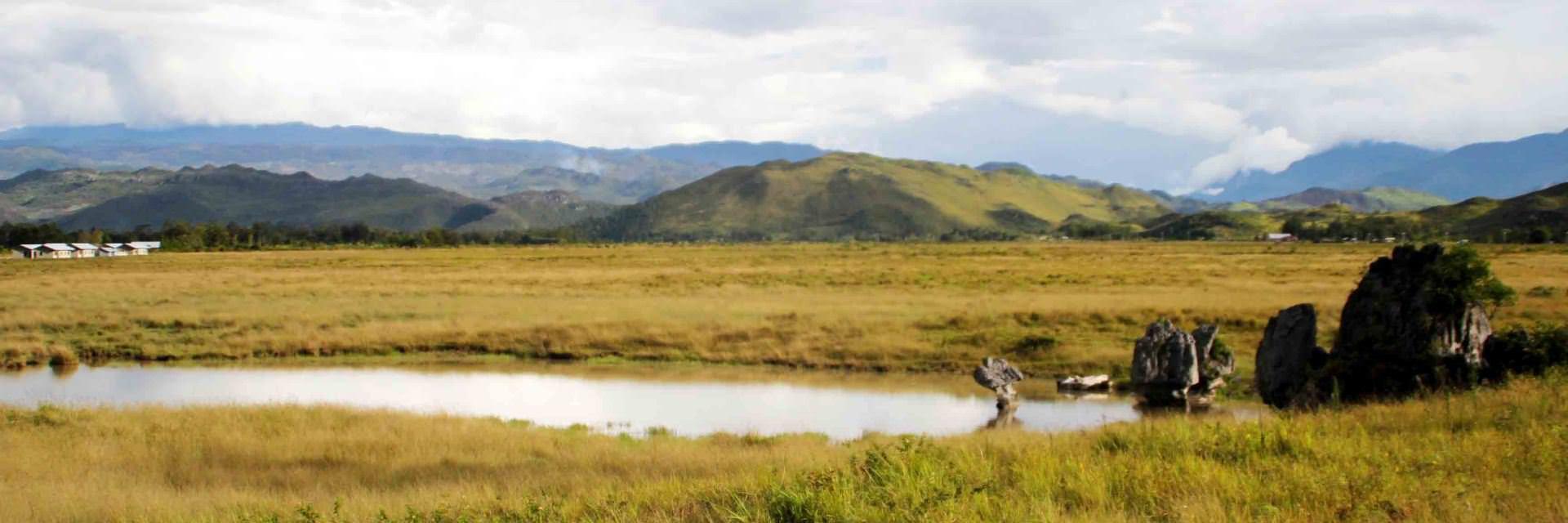 6 Keunikan di Lembah Baliem Papua 6 Keunikan di Lembah Baliem Papua - Dolan Dolen