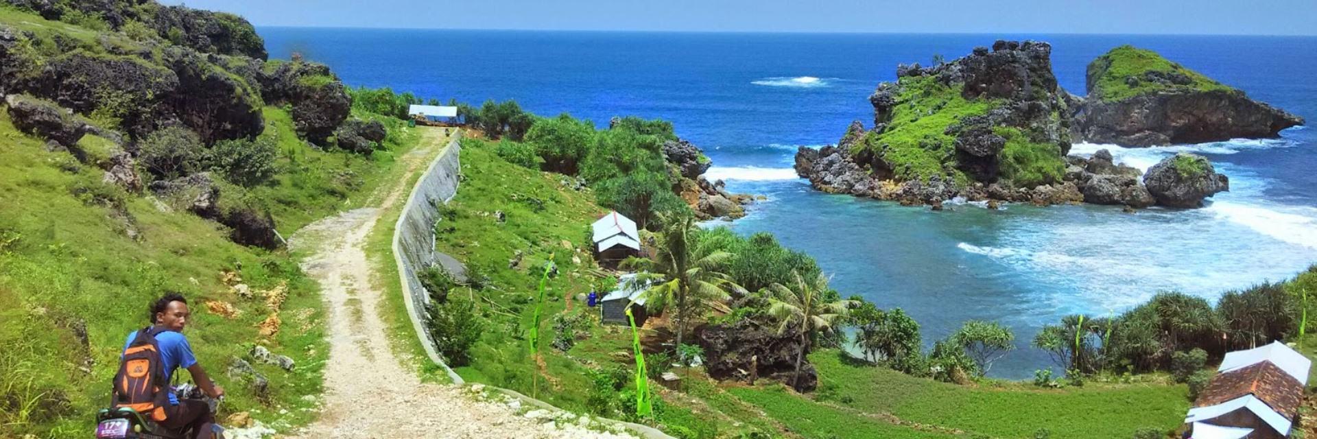 9 Pantai Terbaik di Yogyakarta 9 Pantai Terbaik di Yogyakarta - Dolan Dolen