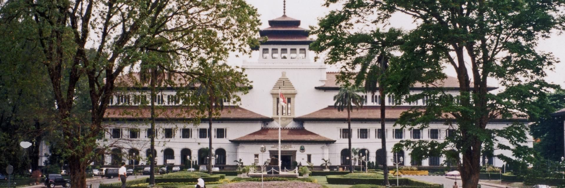5 Bangunan Bersejarah Terpopuler yang Menjadi Icon Kota Bandung