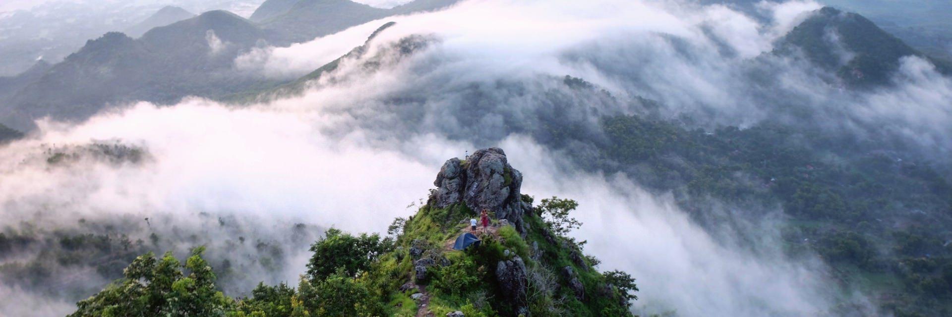 Bukit Cumbri, Menikmati Negeri di Atas Awan ala Wonogiri