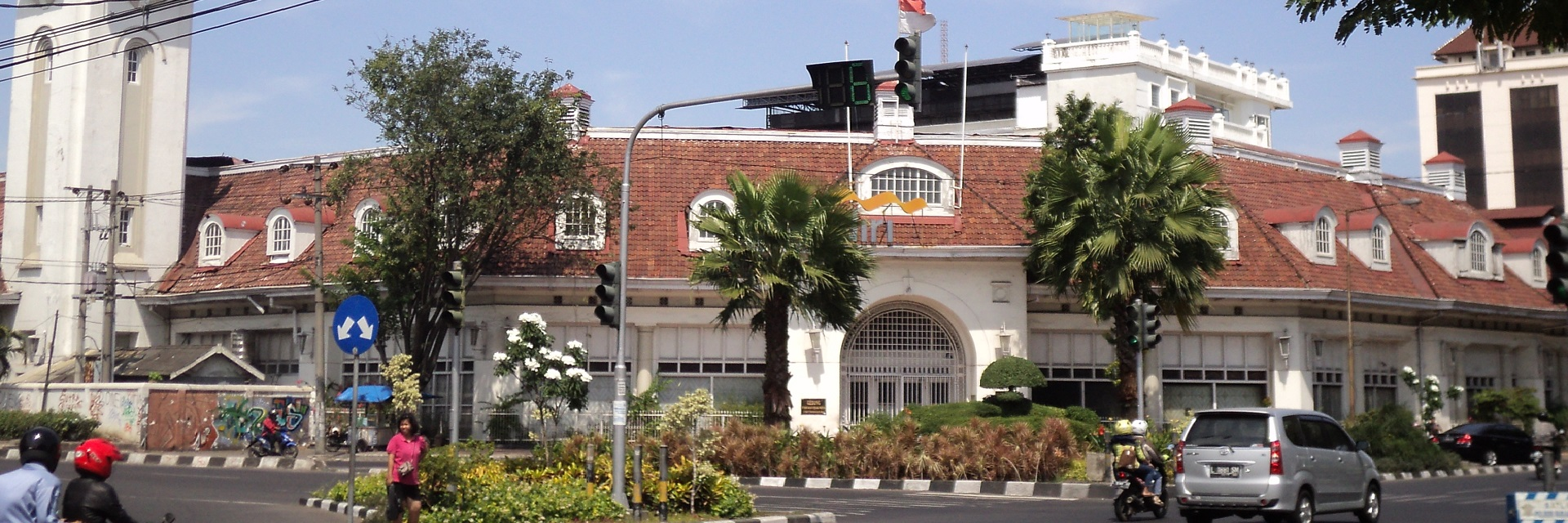 Kenapa Musti ke Surabaya, Kota Surabaya, Surabaya, Dolan Dolen, Dolaners Kenapa Musti ke Surabaya by febri rama - Dolan Dolen
