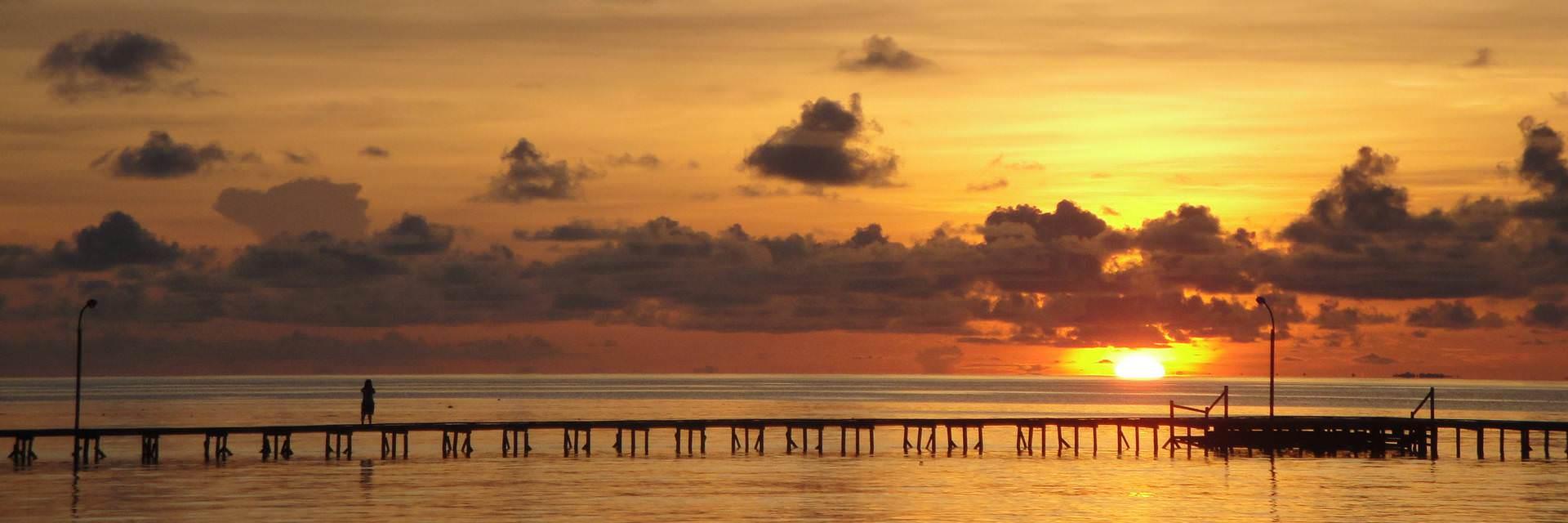 Kepulauan Derawan Dijamin Tak Kalah Indah dengan Raja Ampat Kepulauan Derawan Dijamin Tak Kalah Indah dengan Raja Ampat - Dolan Dolen