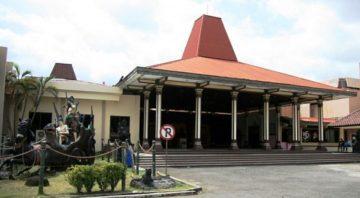 Museum Ronggowarsito Museum Ronggowarsito 360x198 - Dolan Dolen