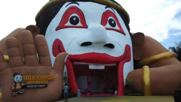 The Bagong Adventure Museum Tubuh Museum Tubuh 355x200 - Dolan Dolen