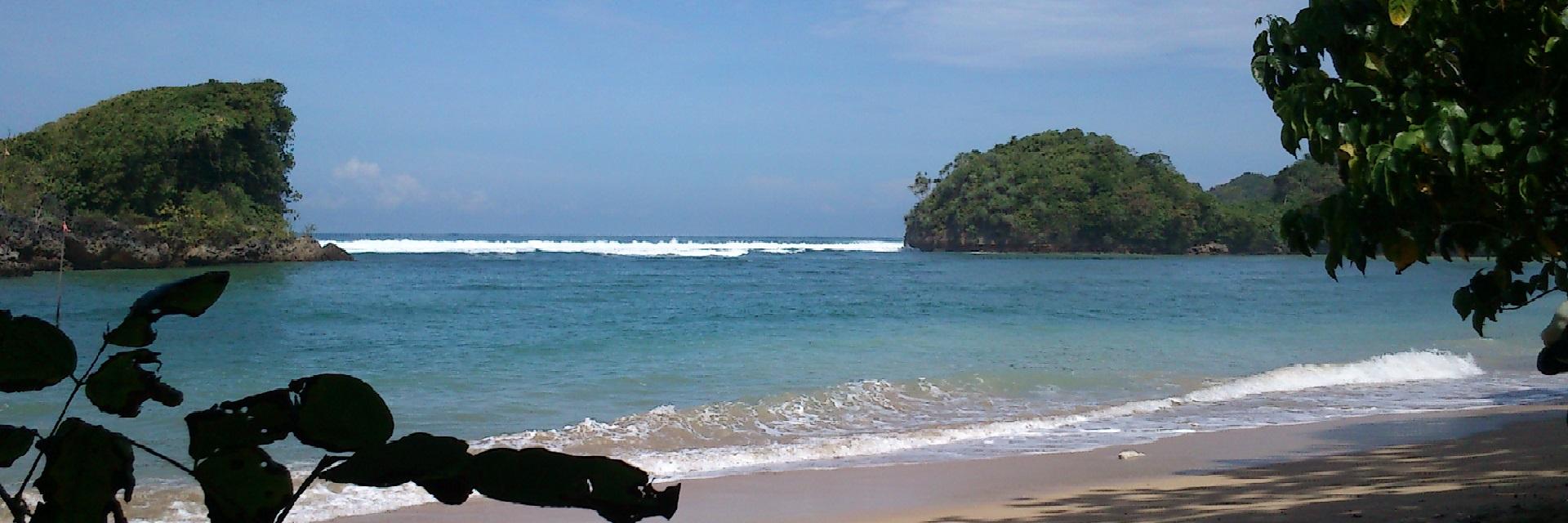 Jadikan 5 Pantai Ngehits di Malang Ini Destinasi Dolan Berikutnya!