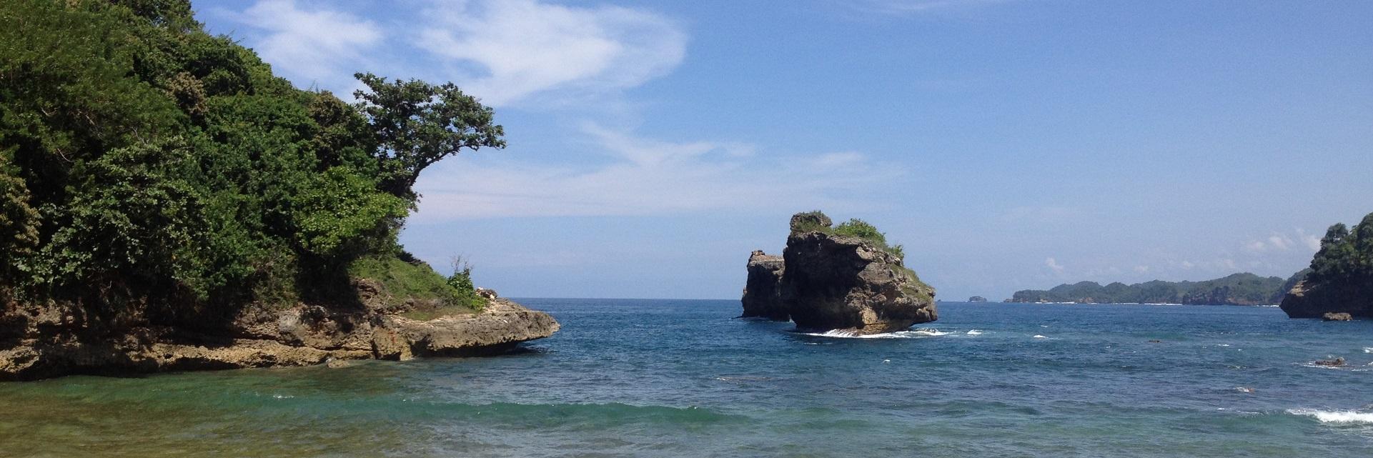 12 Ide dan Spot Selfie di Pantai Ngliyep Malang