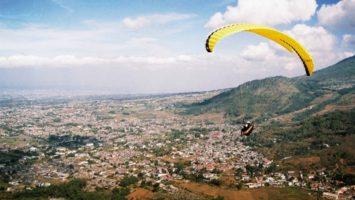 Paralayang Wisata Gunung Banyak Paralayang Wisata Gunung Banyak Cover 355x200 - Dolan Dolen