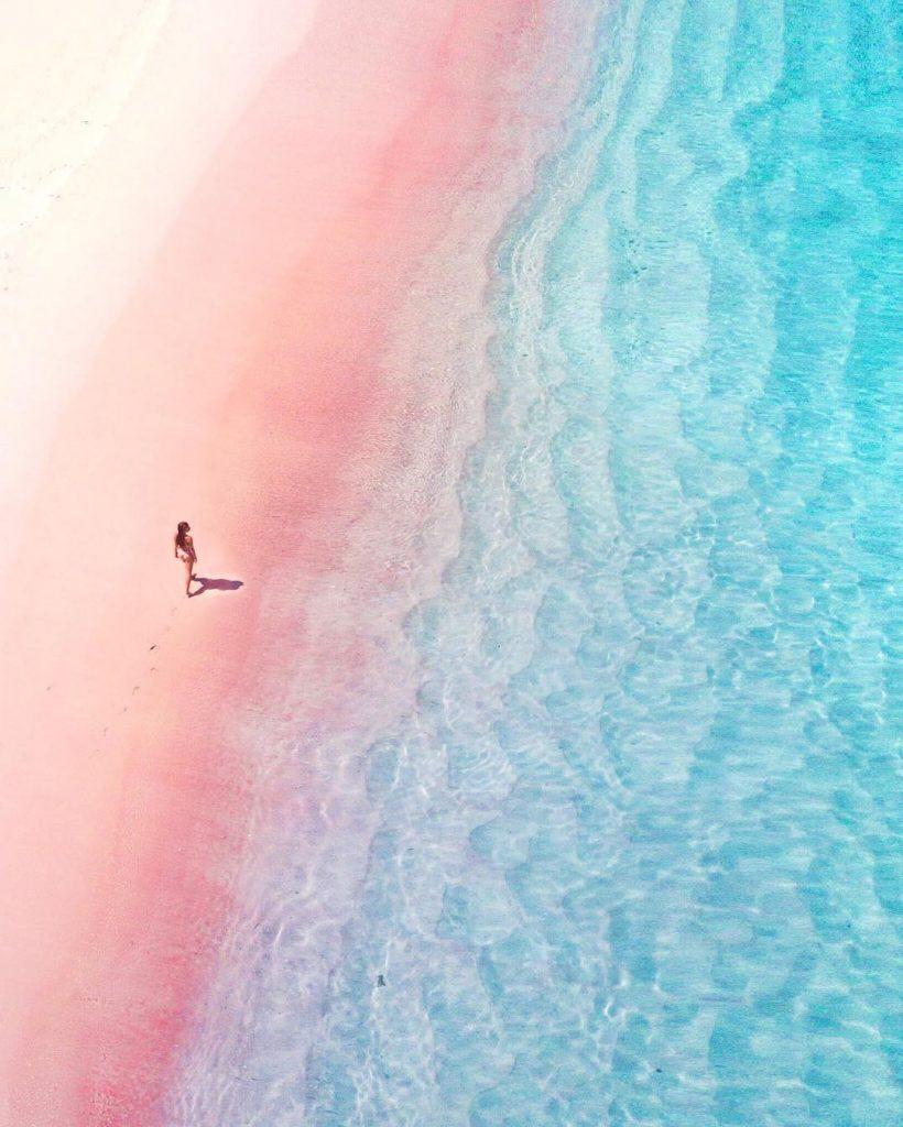Pink Beach (Pantai Merah)