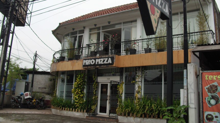 Pino Pizza Bandung
