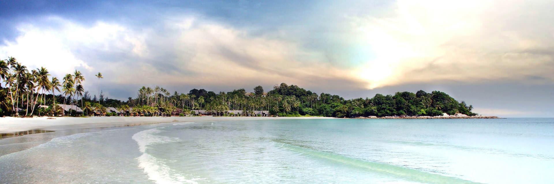 Pulau Bintan, Sang Primadona Dari Kepulauan Riau yang Menawan