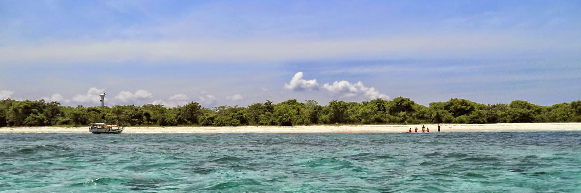 Pulau Tabuhan Pembuat Rasa Sayange Pasangan Bledak Pulau Tabuhan Pembuat Rasa Sayange Pasangan Bledak - Dolan Dolen