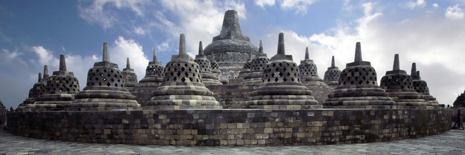 Selain Budaya, Kota Yogya Punya Sejarah. Yang Suka Hunting! Masuk, Masuk~