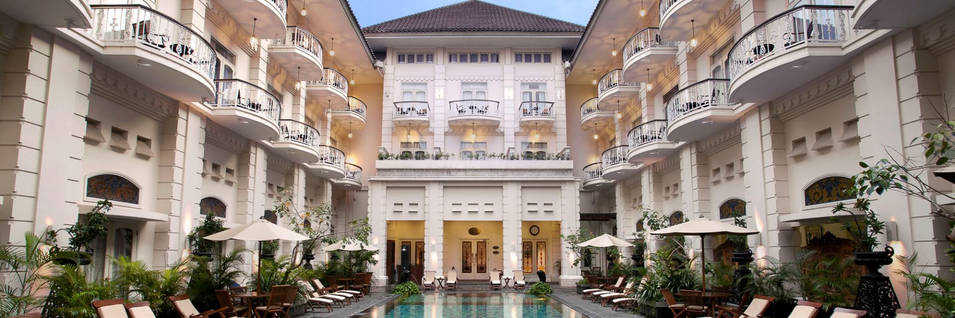 The Phoenix Hotel ala Bangsawan Eropa di Yogyakarta The Phoenix Hotel ala Bangsawan Eropa di Yogyakarta - Dolan Dolen