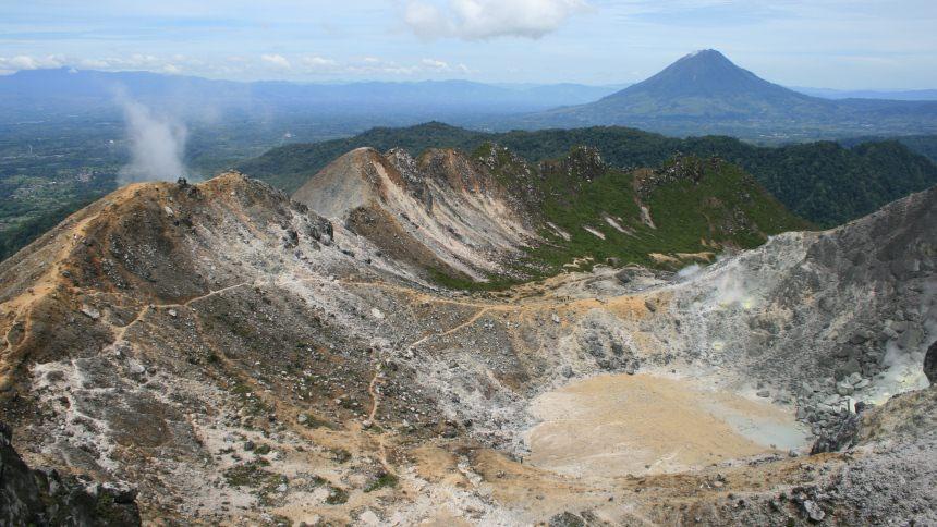 Wisata Gunung Sibayak