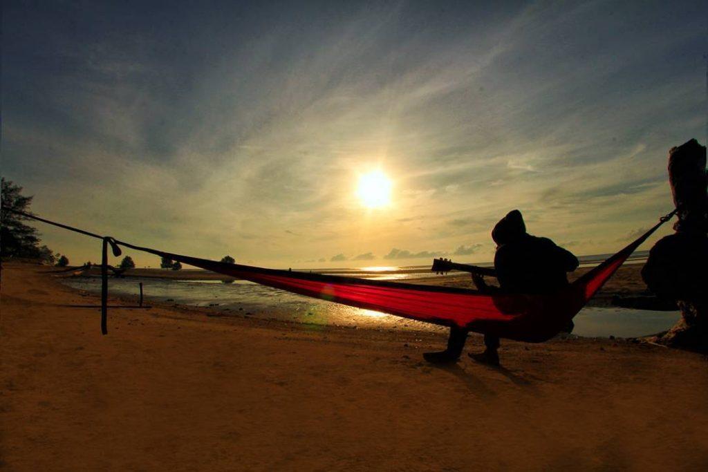 Pantai Indah Teluk Kaba