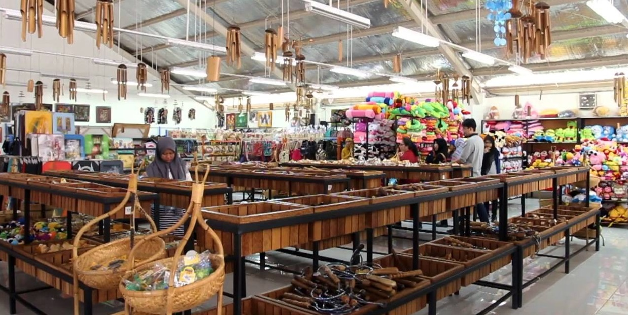 wisata belanja murah meriah malang wisata belanja via qiqi nurindahsari - Dolan Dolen