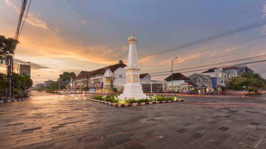 Yogyakarta yogyakarta cover 533x300 - Dolan Dolen